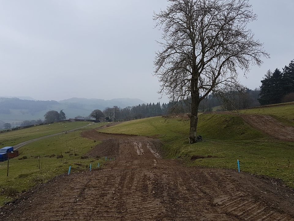 Castle Caereinion Motocross Track, click to close